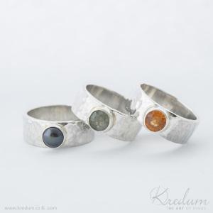 Natura silver + černá perla, broušený mechový achát a broušený spessartite do cargle - et 24070