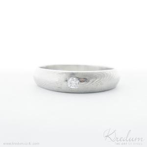 Siona damasteel, struktura dřevo, světlý jemný lept + čirý diamant 2,7 mm, velikost 61, šířka hlavy 5 mm, šířka v dlani 1,5 mm, profil hlava B, profil v dlani A - Sa 1738372