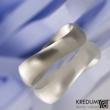 Kovaný nerezový snubní prsten - FOREVER Klasik
