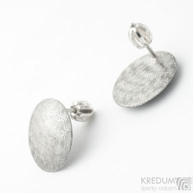 Puklík - Kované kulaté dámské šroubovací náušnice z nerez oceli damasteel - vzor kolečka, světlé - SK3199