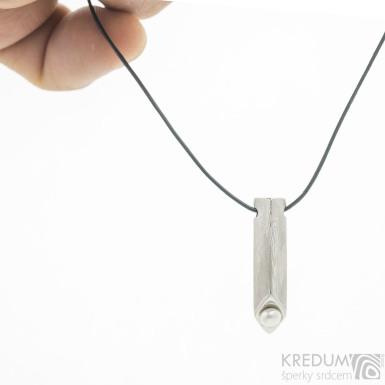 Honey - Kovaný přívěsek nerez damasteel osazený bílou perlou, S3682