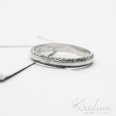 Retro snubní prsten 2 Vlnky stříbro s patinou - SK3804