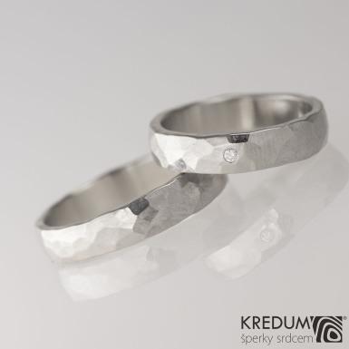 DRAILL + čirý diamant 1,7 mm - Prsten kovaný z nerezové oceli - lesklý - šířka obou 5 mm