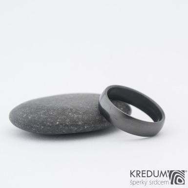 Prima nerez lesklý + DLC povlak - kovaný nerezový snubní prsten - SK1185