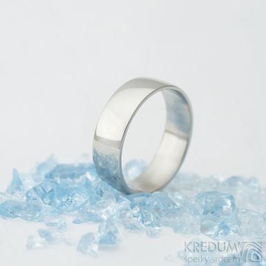 Klasik lesklý - velikost 76, šířka 8 mm, tloušťka střední, profil E - Prsten z nerezové oceli - k 1637