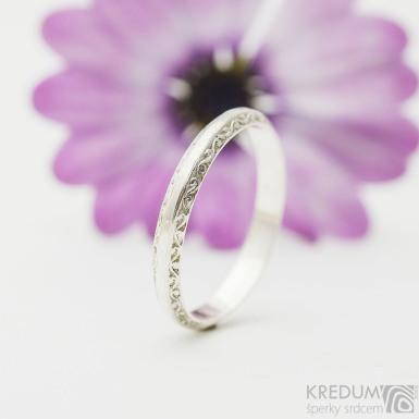 Retro snubní prsten 1 Réva stříbro