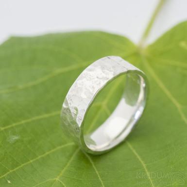 Natura silver -  lesklý - stříbrný snubní prsten SK2882