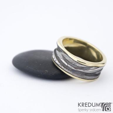 Zlatý pán vod - Snubní prsten damasteel v kombinaci se zlatem - SK1424