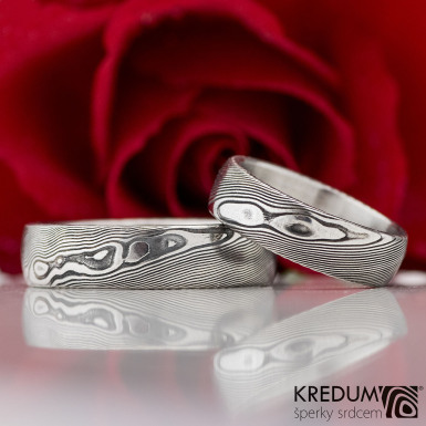 Prima damasteel - vzor dřevo - ručně kovaný snubní prsten z nerez oceli damasteel