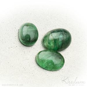 Smaragd kabošon