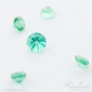Smaragd broušený